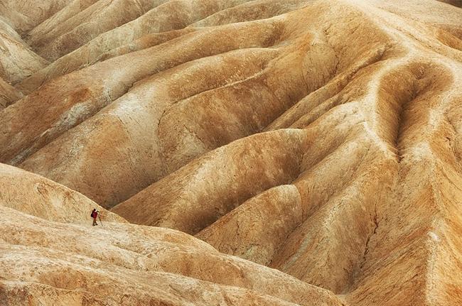 Photographer, Badlands, Death Valley, CA